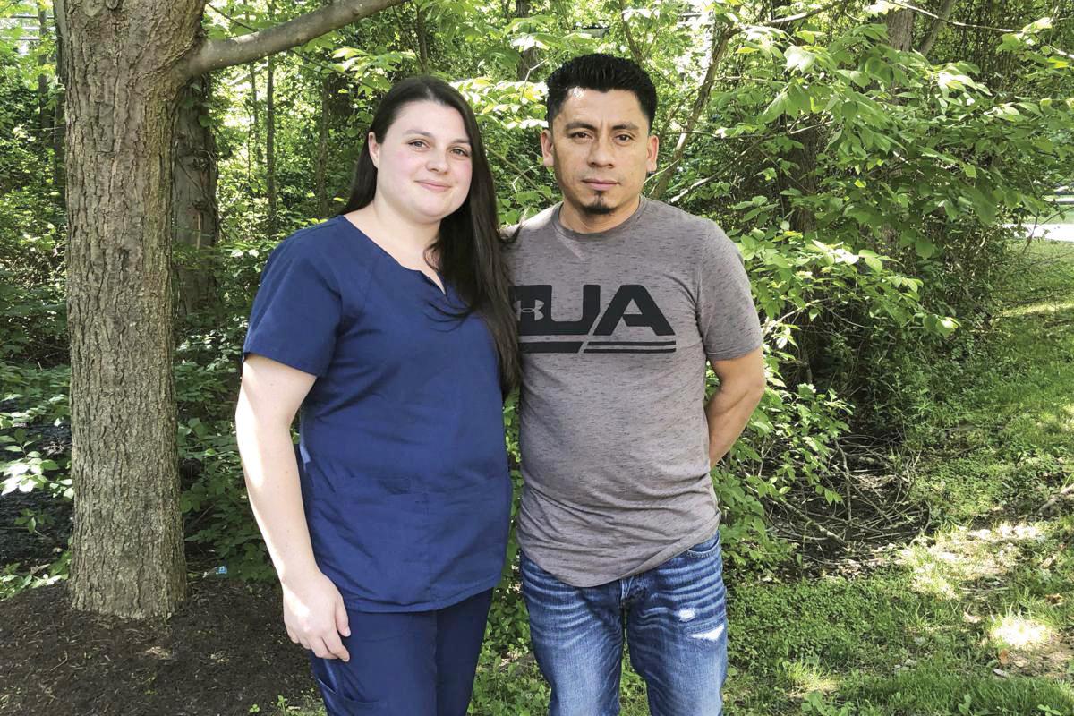 Juez prohíbe detención de inmigrantes