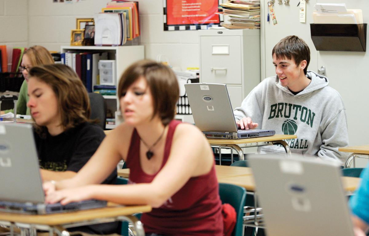 Distritos escolares planifican regreso a clases