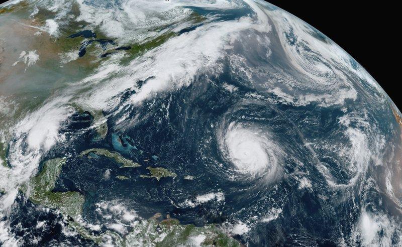 Tormenta Beta provoca alerta de huracán en la costa de Texas