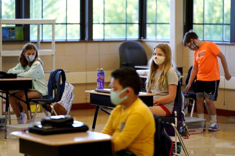 EEUU: Retiros de maestros aumentan presión en escuelas