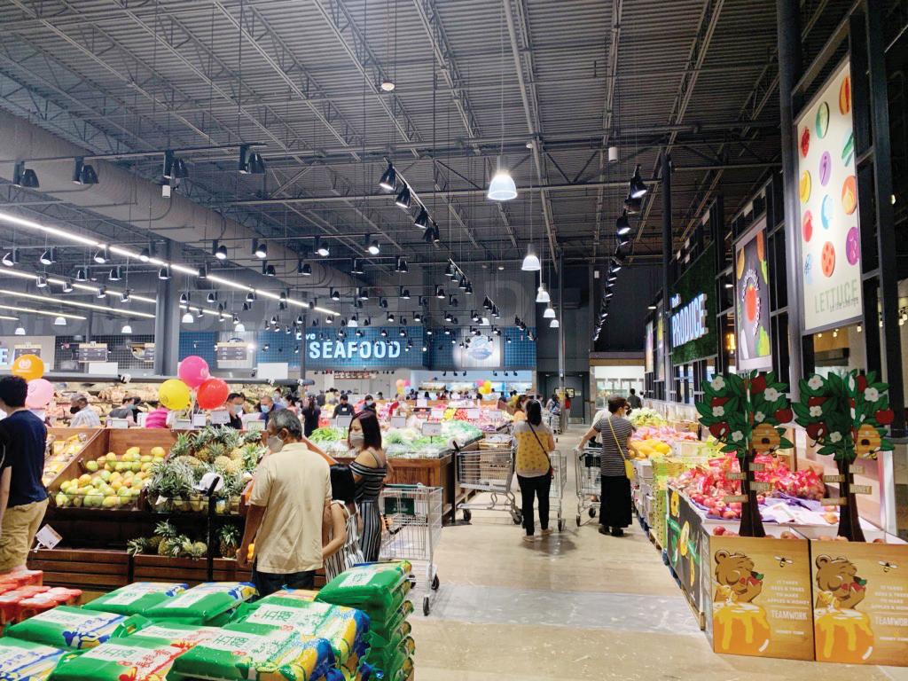 Supermercado 99 Ranch Market abre sus puertas con productos de todo el mundo