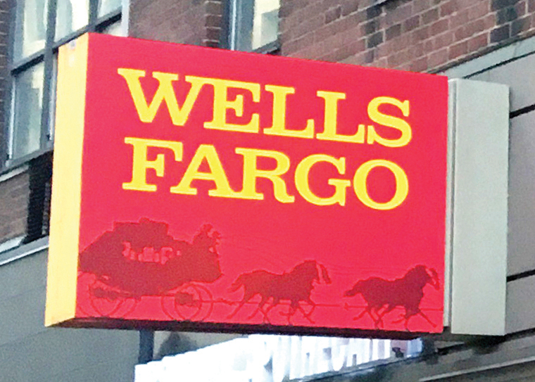 Wells Fargo despide a más de 100 empleados por fraude