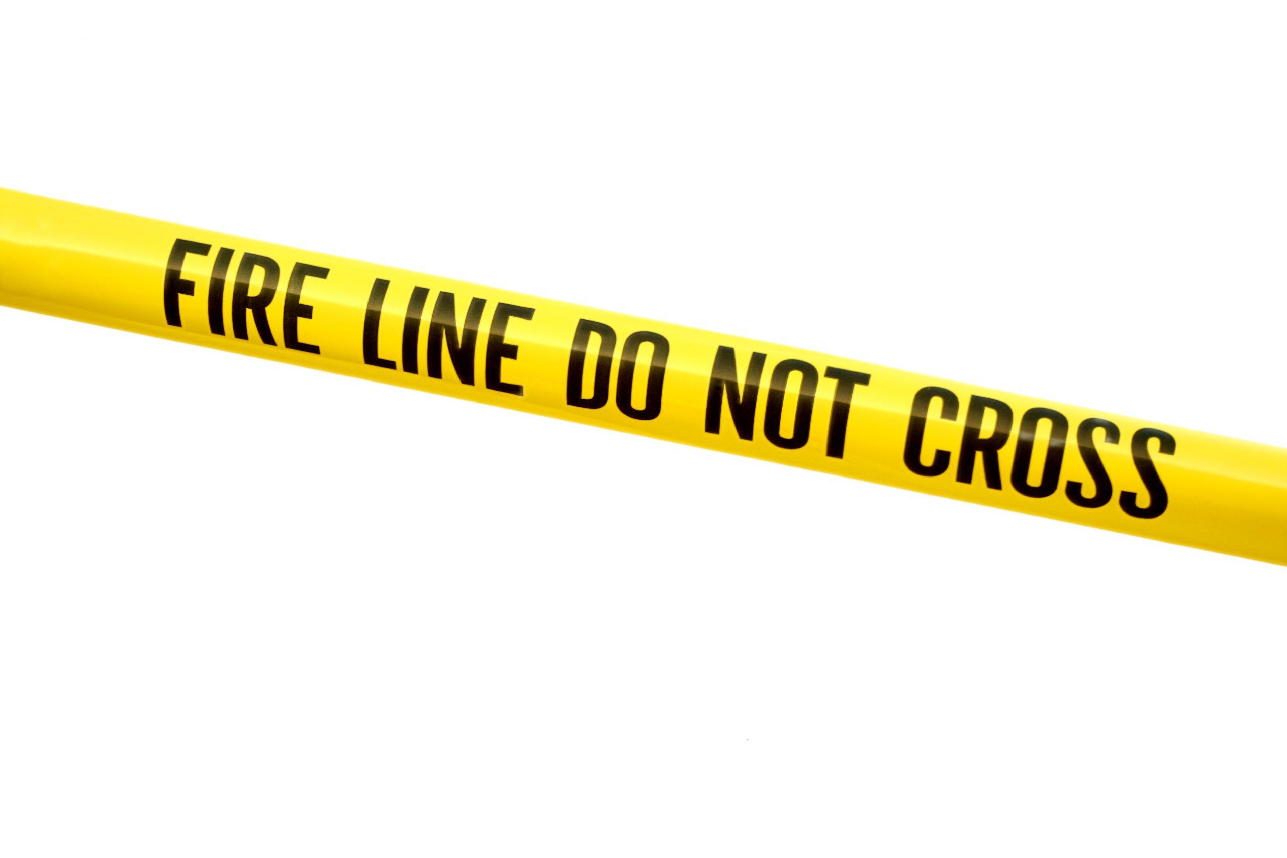 Virginia: Investigan causas de explosión en centro comercial