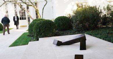 Escultura de artista asiático americano engalana jardín de la Casa Blanca