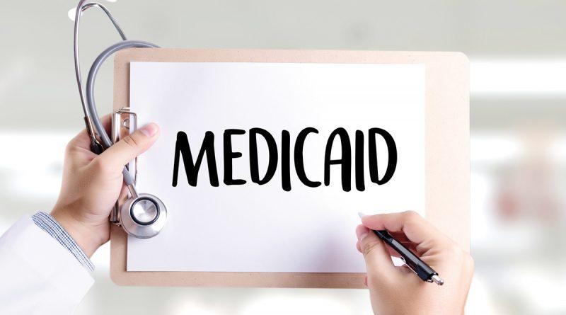 Virginia amplía el Medicaid  para inmigrantes legales