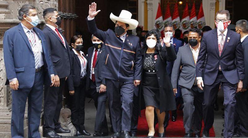 Nuevo presidente de Perú viaja a México y Estados Unidos